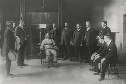 Казнь на электрическом стуле в тюрьме Синг-Синг, 1930 год